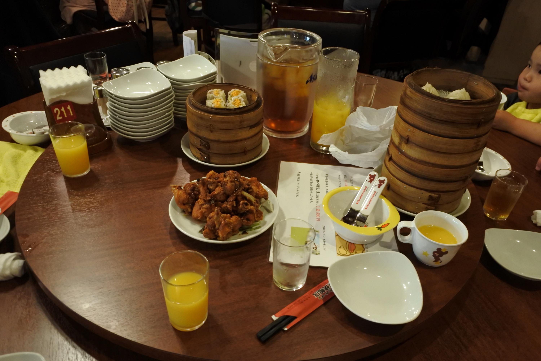 オーダーバイキングの中華料理の様子